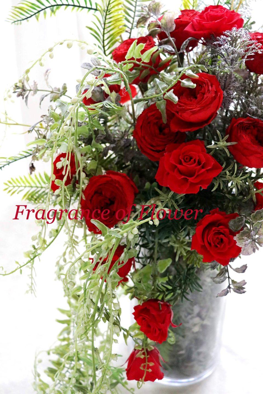 店舗装花 フラワーディスプレイ パーディー装花 花壁 フラワーウォール 生け込み